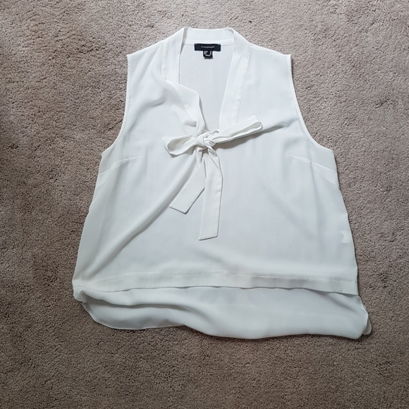 Atmosphere Off white blouse